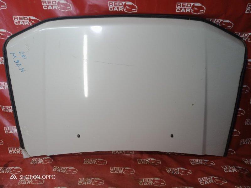 Капот Mitsubishi Pajero Io H76W-0122782 4G93 2000 (б/у)