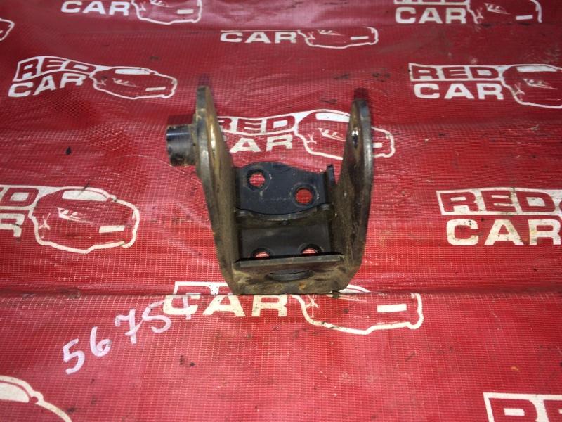 Кронштейн Daihatsu Tanto L385S-0059495 KF 2011 задний (б/у)
