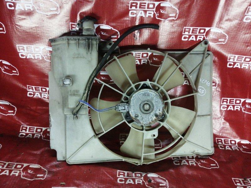 Диффузор радиатора Toyota Ist NCP65-0012522 1NZ 2002 (б/у)