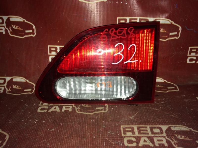 Фальшпанель Honda Orthia EL3 задний правый (б/у)