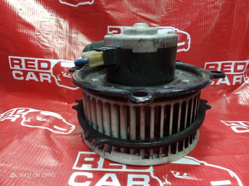 Мотор печки Toyota Estima CXR20-0042752 3C-2498338 1993 (б/у)