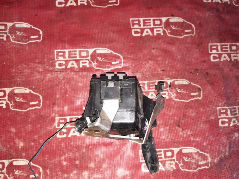 Блок предохранителей под капот Daihatsu Tanto L385S-0059495 KF 2011 (б/у)