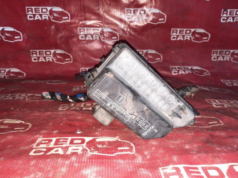 Блок предохранителей под капот Toyota Starlet EP82-0322202 4E-0621744 1992 (б/у)