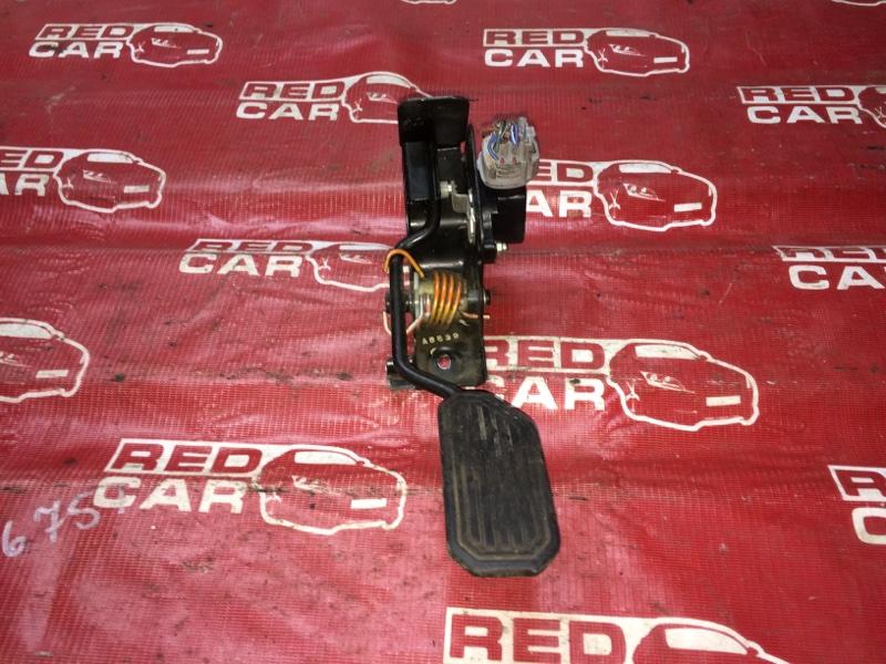 Педаль газа Toyota Premio ZZT240-5047113 1ZZ-2370921 2005 (б/у)