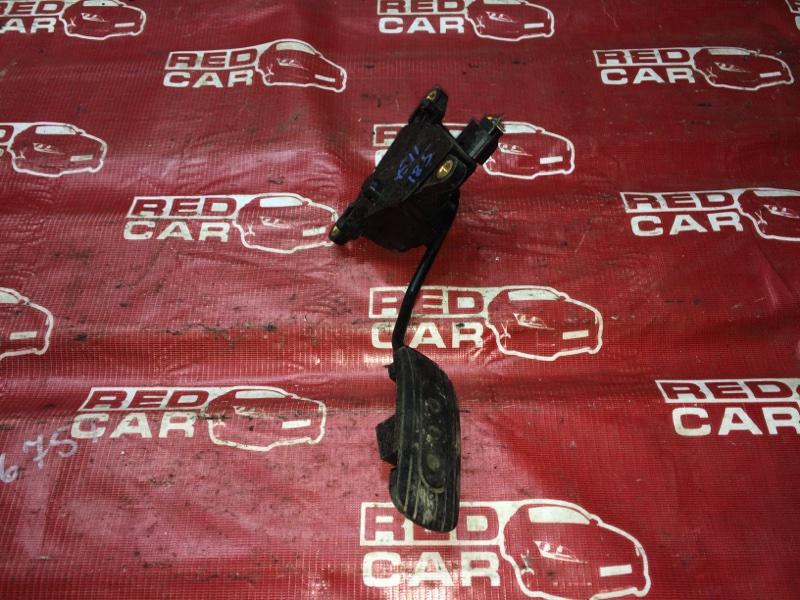 Педаль газа Nissan Note E11-029106 HR15-101835 2005 (б/у)