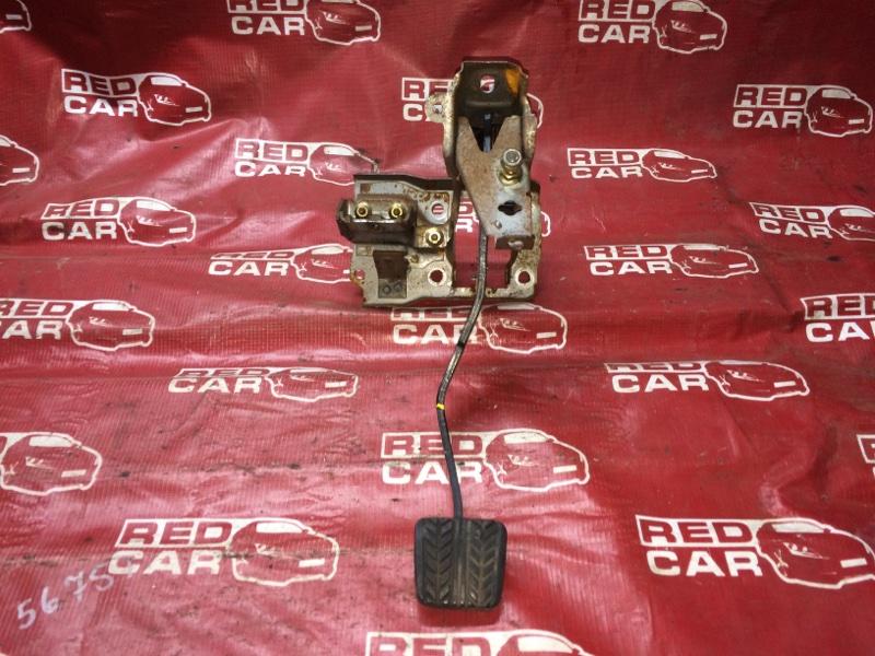 Педаль сцепления Mazda Familia BHALP-147523 Z5 1995 (б/у)