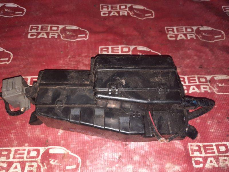 Блок предохранителей под капот Mazda Mpv LW3W-426875 L3 2005 (б/у)