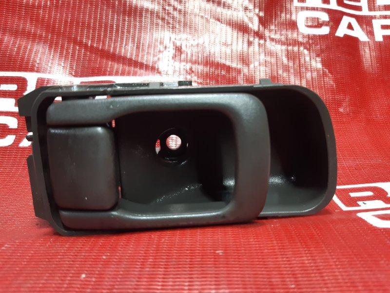 Ручка двери внутренняя Nissan Elgrand ATWE50-031295 ZD30-052057A 2000 передняя левая (б/у)