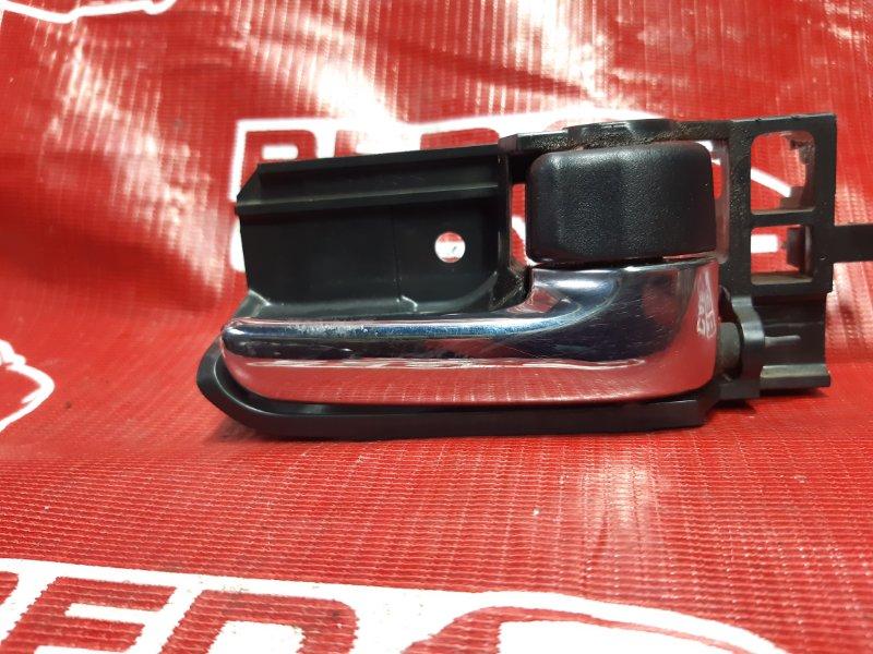 Ручка двери внутренняя Toyota Corolla Fielder NZE124-0051696 1NZ-B624338 2005 передняя правая (б/у)
