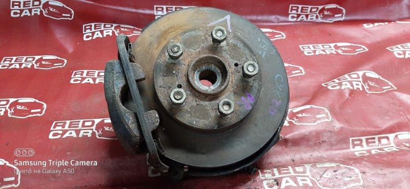 Ступица Toyota Estima CXR20-0042752 3C-2498338 1993 передняя правая (б/у)
