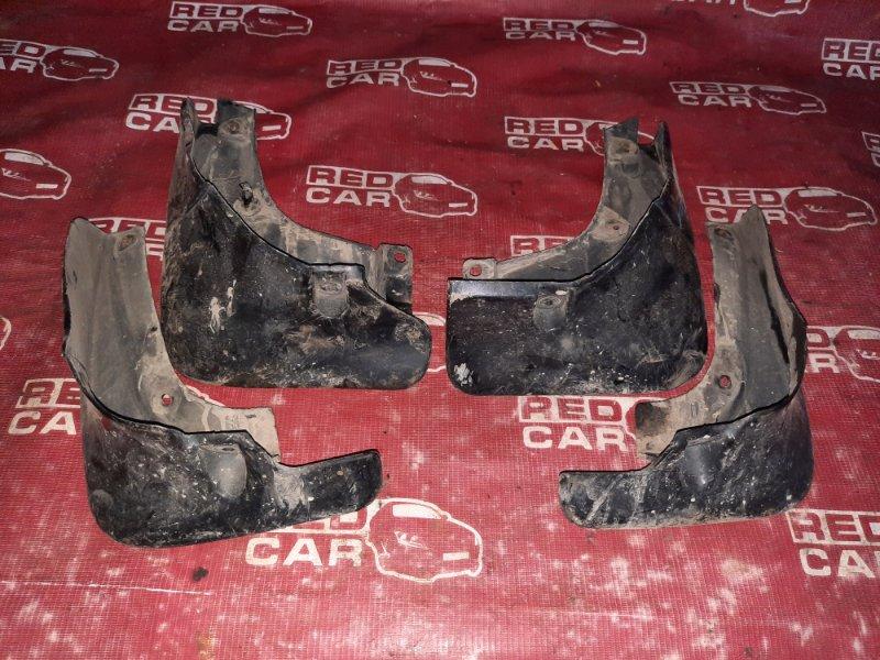 Брызговики комплект Toyota Carina CT190-7010442 2C-2720309 1994 (б/у)