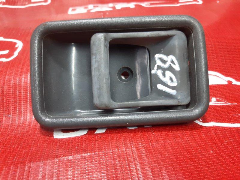 Ручка двери внутренняя Mazda Proceed UV66R-102864 G6 1992 передняя правая (б/у)