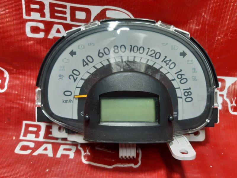Панель приборов Toyota Passo KGC10-0051246 1KR 2005 (б/у)