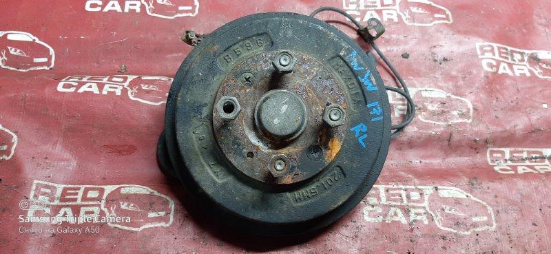 Ступица Mazda Demio DW3WF-115832 B3-588838 1998 задняя левая (б/у)
