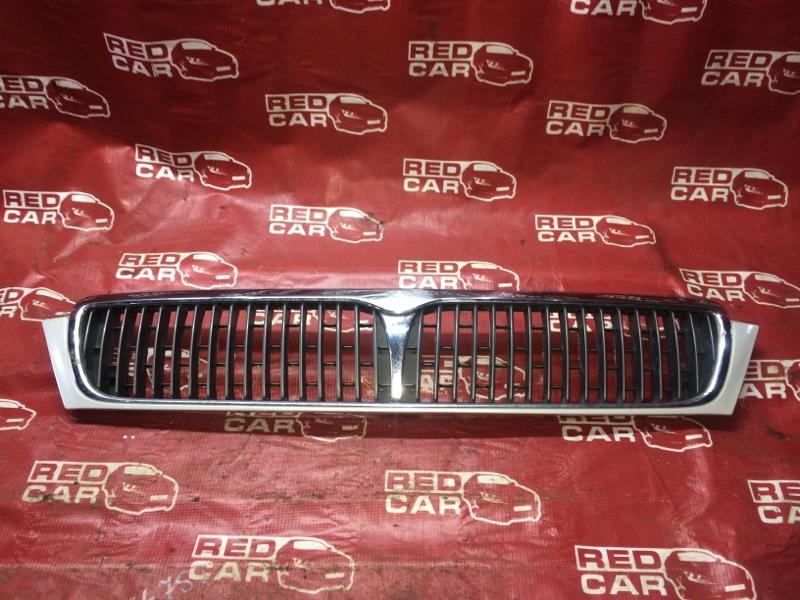Решетка радиатора Nissan Laurel GNC34-264885 RB25-156839A 1996 (б/у)