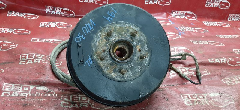 Ступица Nissan Presage VNU30-403567 YD25-0099504 1999 задняя левая (б/у)