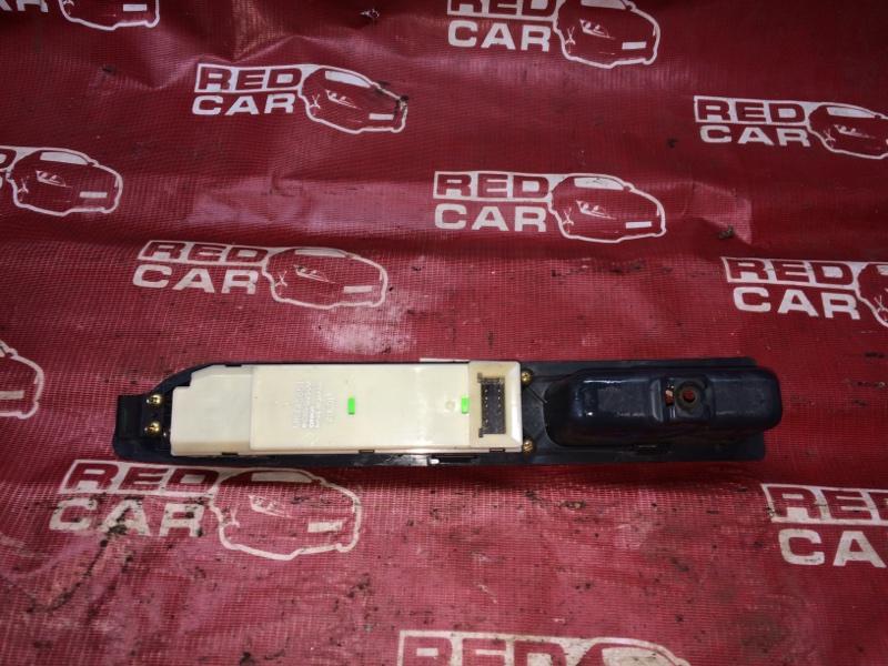 Блок упр. стеклоподьемниками Mitsubishi Dion CR9W-0104378 4G63 2000 передний правый (б/у)
