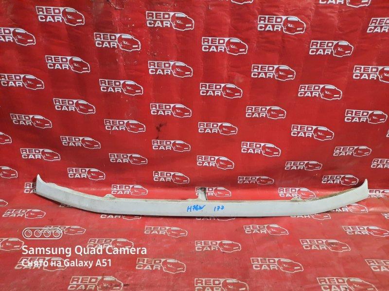 Планка под фары Mitsubishi Pajero Io H76W-0122782 4G93 2000 (б/у)