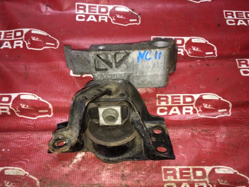 Подушка двигателя Nissan Tiida NC11 HR15 правая (б/у)