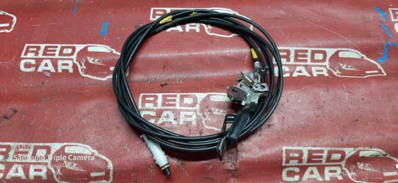 Трос лючка бака Toyota Vitz NCP10-0045592 2NZ 2000 (б/у)