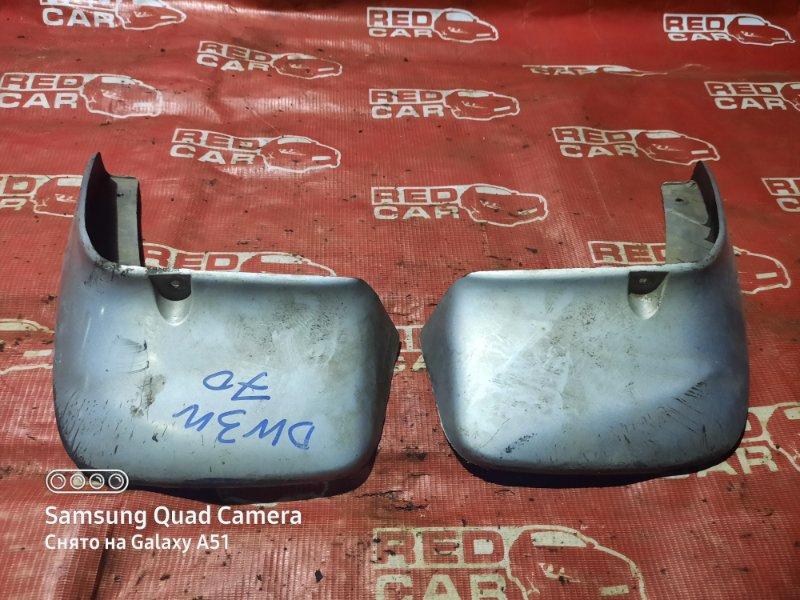 Брызговики комплект Mazda Demio DW3W-524730 B3 2000 (б/у)