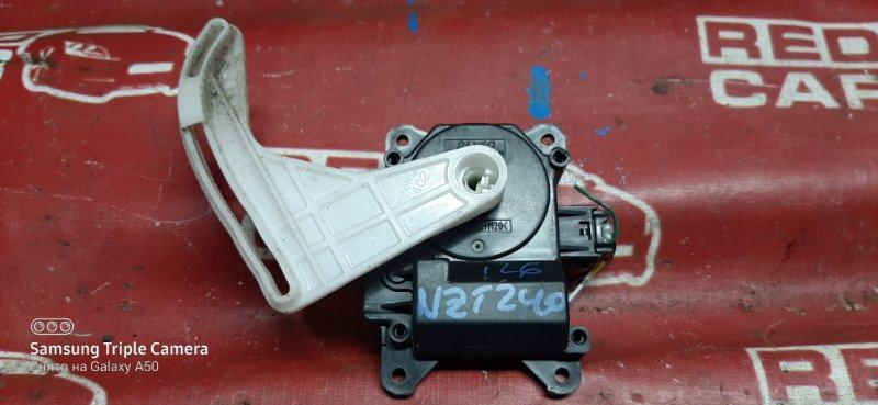 Сервопривод заслонок печки Toyota Premio NZT240-0034712 1NZ 2002 (б/у)
