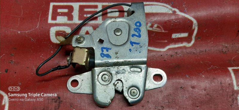 Замок багажника Toyota Carina Ed ST200-0002016 4S-1058136 1993 (б/у)