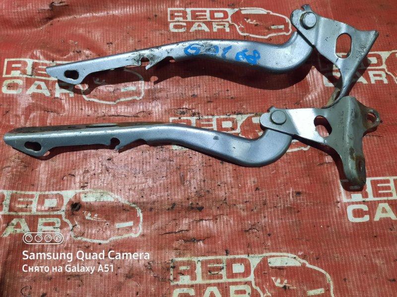 Петля капота Honda Fit GD1-2329152 L13A 2006 (б/у)