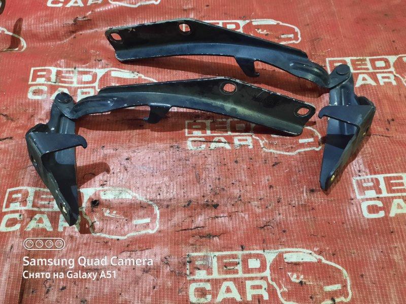 Петля капота Nissan Cima HF50-701115 VQ30DET 2004 (б/у)
