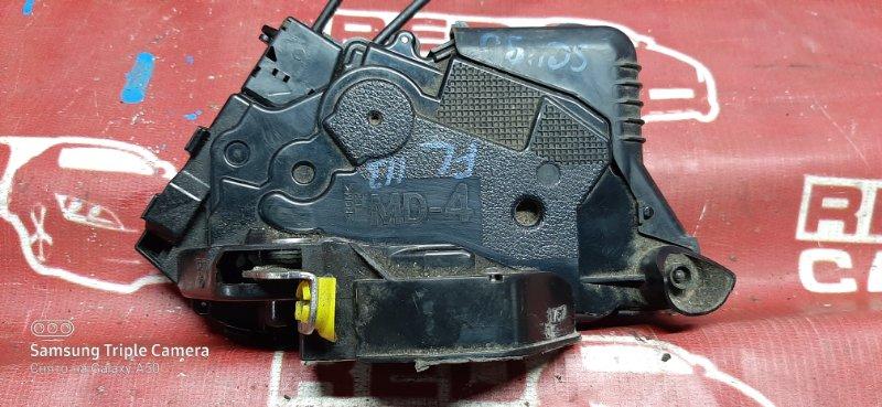 Замок двери Toyota Vitz SCP90-5070321 2SZ 2007 передний левый (б/у)