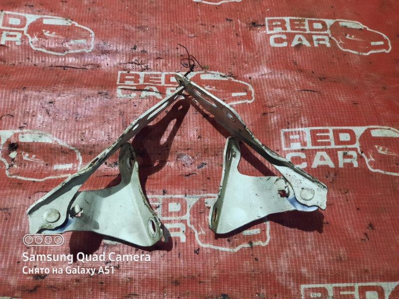 Петля капота Honda Cr-V RD5-1102626 K20A 2003 (б/у)