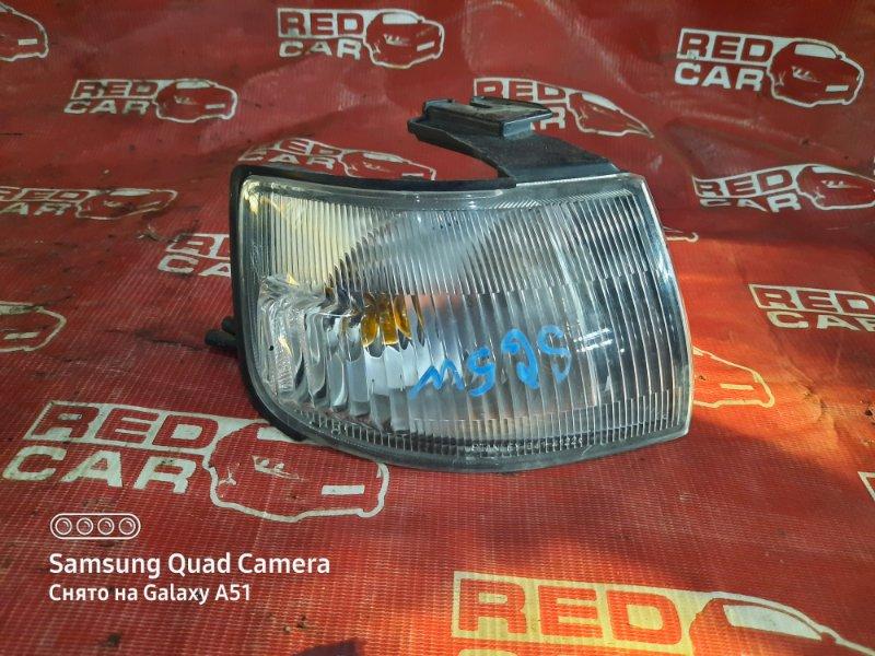 Габарит Mazda Bongo Friendee SG5W-201753 J5-151220 1998 передний правый (б/у)