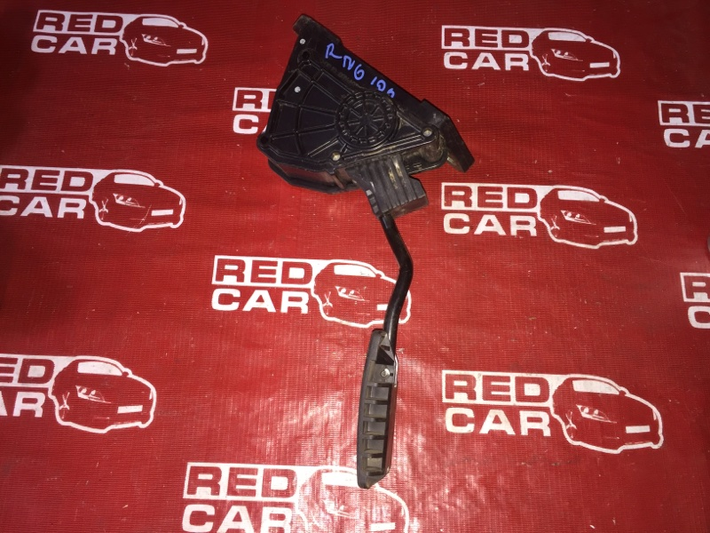 Педаль газа Honda Stream RN6-1011525 R18A 2006 (б/у)
