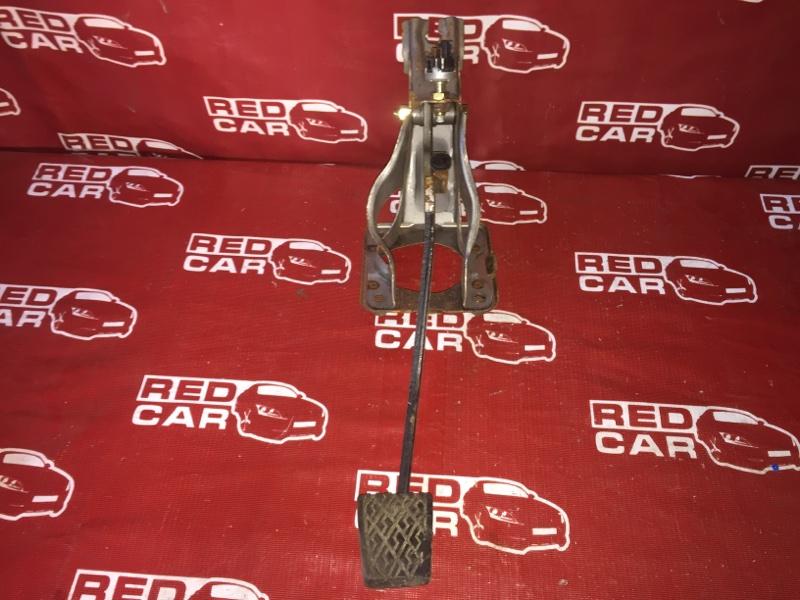 Педаль тормоза Toyota Sprinter Carib AE114-7014154 4A 2000 (б/у)
