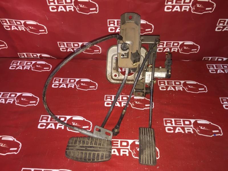 Педаль газа Mitsubishi Delica PE8W-0601077 4M40 2001 (б/у)