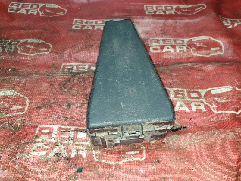 Блок предохранителей под капот Honda Fit GD1 (б/у)