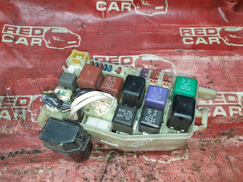 Блок предохранителей под капот Toyota Corsa EL53 (б/у)