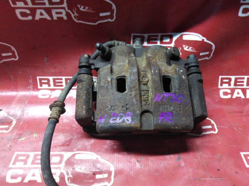 Суппорт Nissan X-Trail NT30-155511 QR20-588664A 2000 передний правый (б/у)