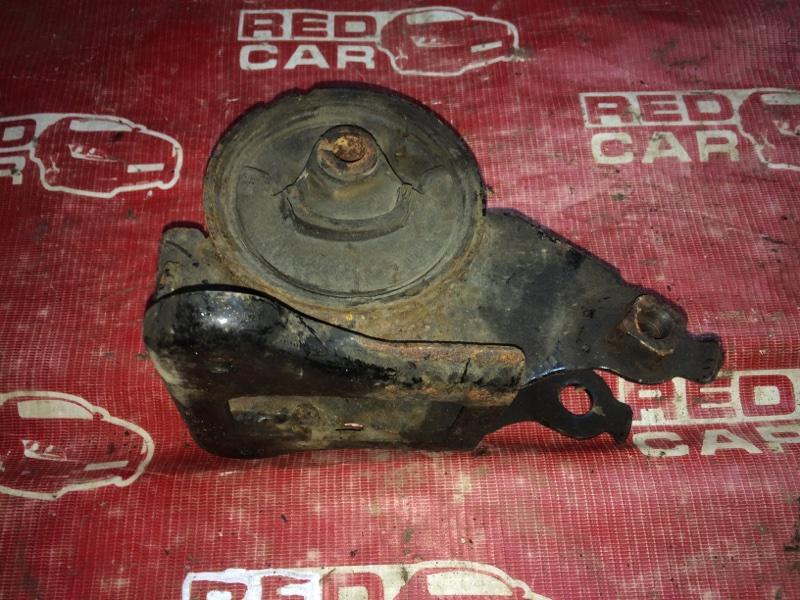 Подушка двигателя Nissan X-Trail NT30-155511 QR20-588664A 2000 задняя (б/у)