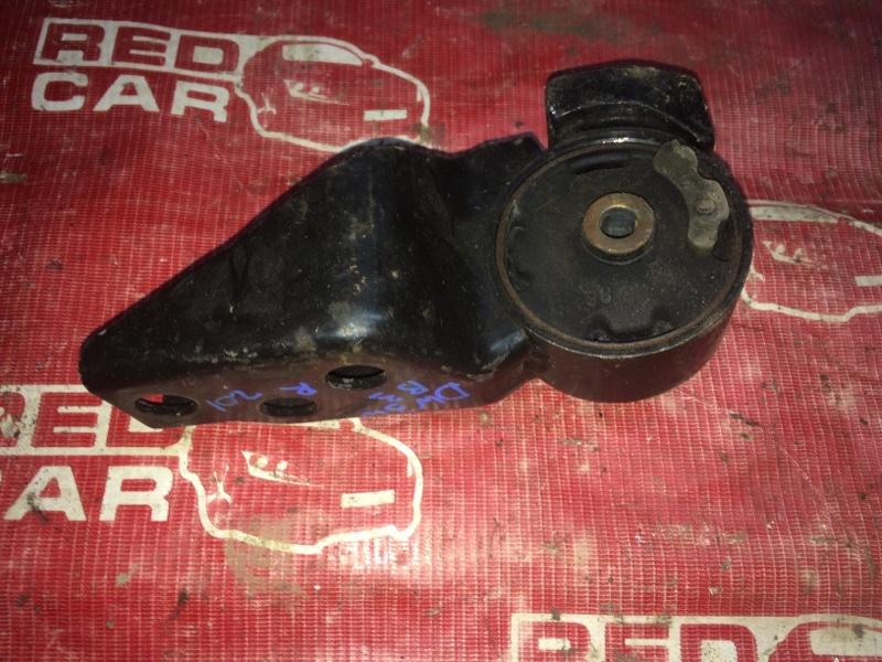 Подушка двигателя Mazda Demio DW3W-147186 B3-489336 1997 правая (б/у)
