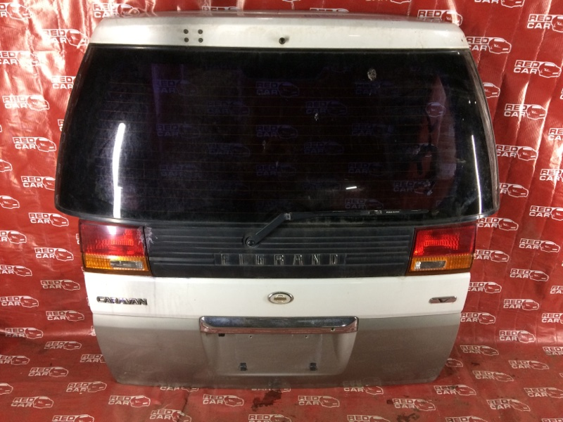 Дверь задняя Nissan Elgrand ALEW50 (б/у)
