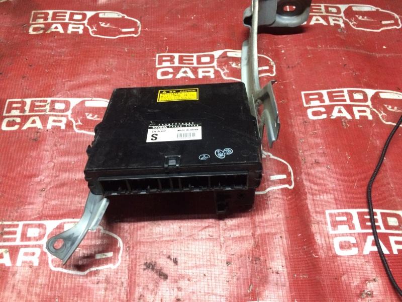 Блок управления abs Toyota Crown JZS171-0019091 1JZ-6148155 2001 (б/у)