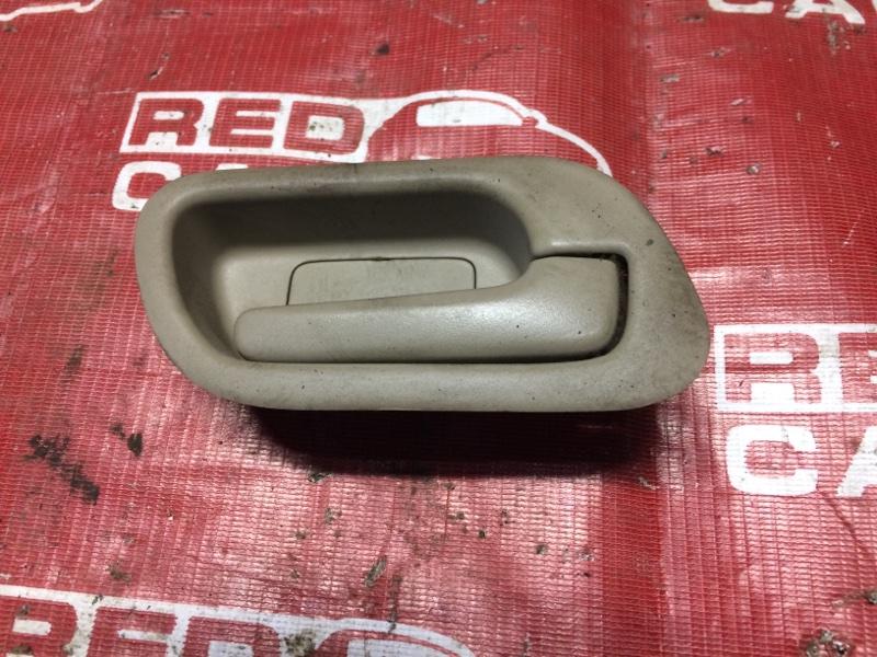 Ручка двери внутренняя Honda Stepwgn RF4-1021628 K20A-2105871 2002 передняя правая (б/у)