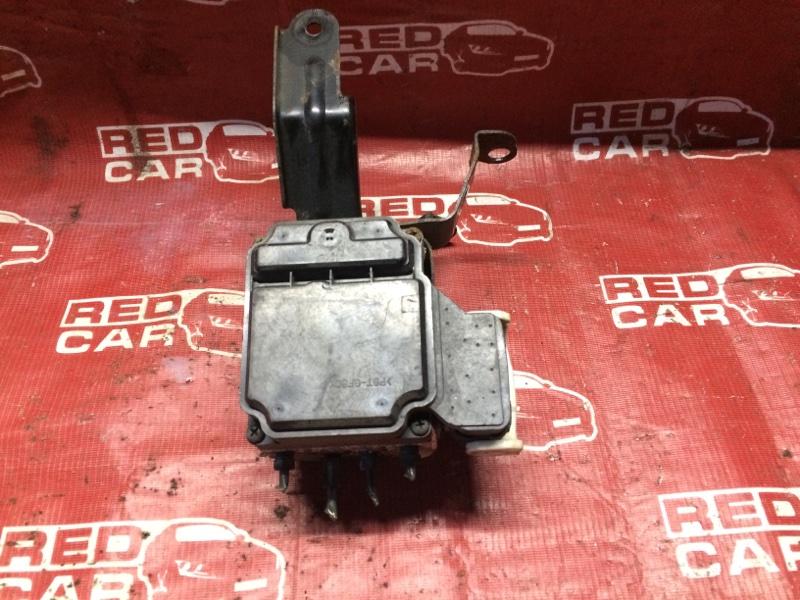 Блок abs Toyota Wish ZNE14-0009952 1ZZ-1440097 2003 (б/у)