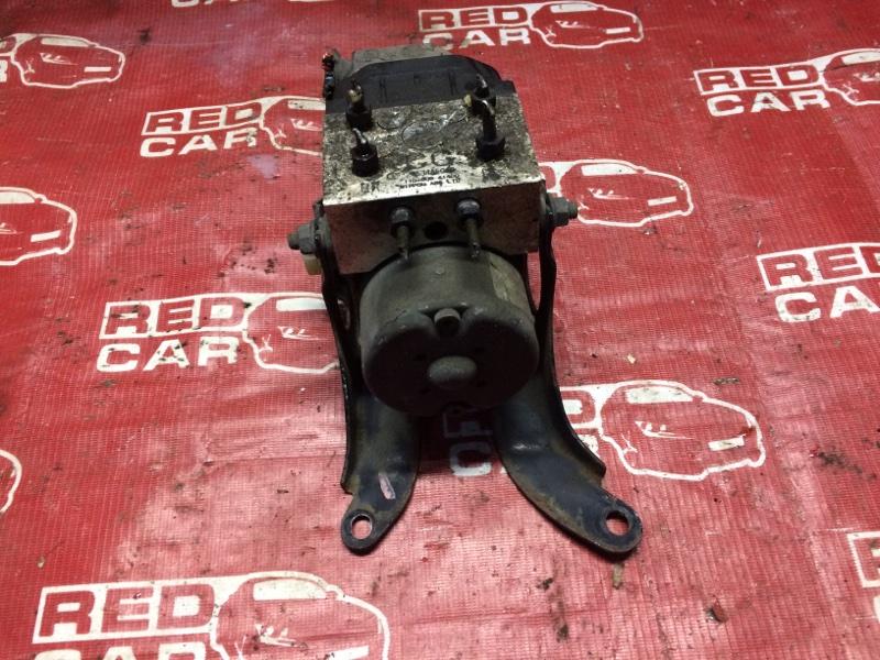 Блок abs Subaru Legacy BH5-181540 EJ20-B261736 2001 (б/у)