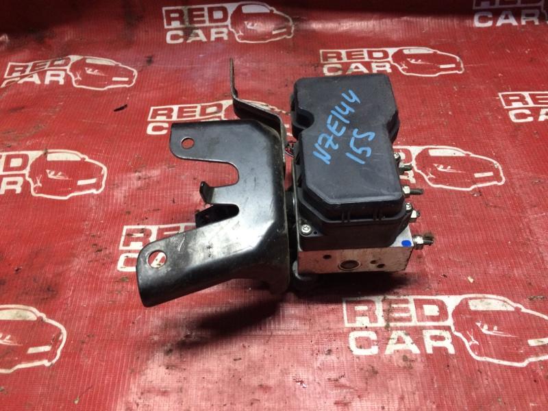 Блок abs Toyota Corolla Axio NZE144-6010485 1NZ-D107263 2008 (б/у)