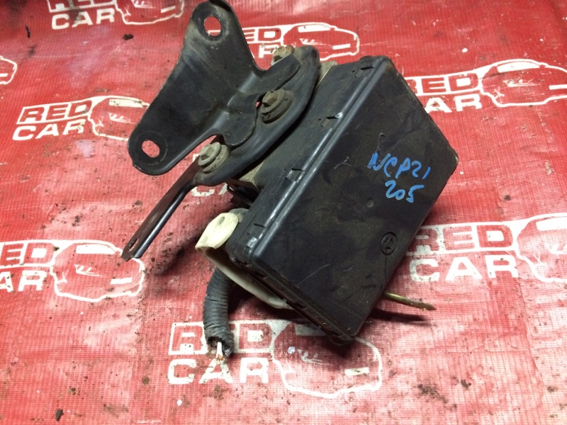 Блок abs Toyota Funcargo NCP21-0058149 1NZ-A585694 2002 (б/у)