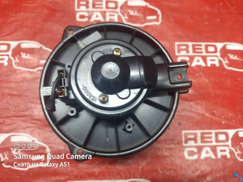 Мотор печки Toyota Ipsum SXM15-0016323 3S-2171648 1996 (б/у)