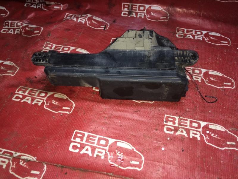 Блок предохранителей Toyota Carina AT211 (б/у)