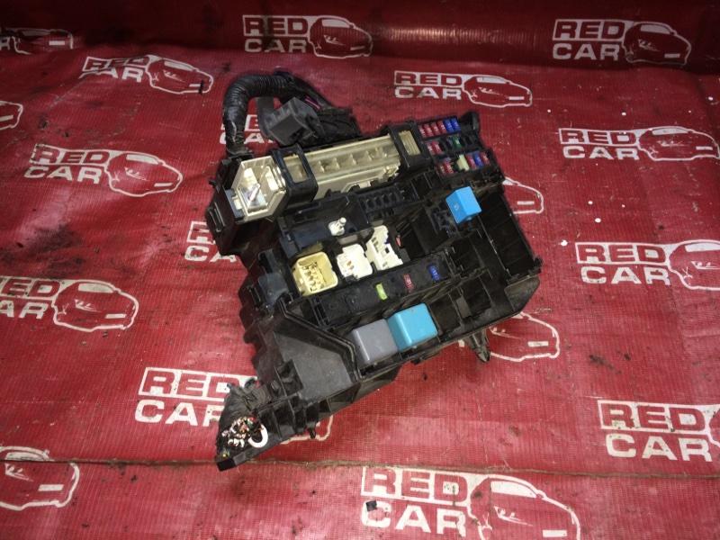 Блок предохранителей Toyota Corolla Axio NZE144-6010485 1NZ-D107263 2008 (б/у)